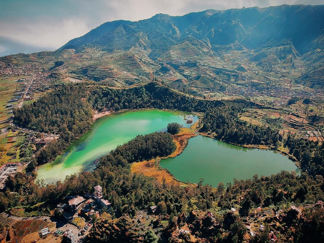 dieng lake in central java