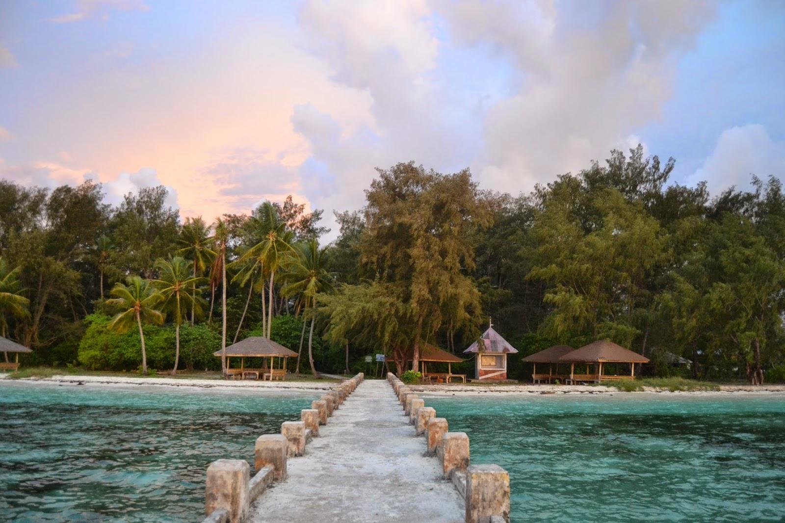 lodging on the island of Hoga