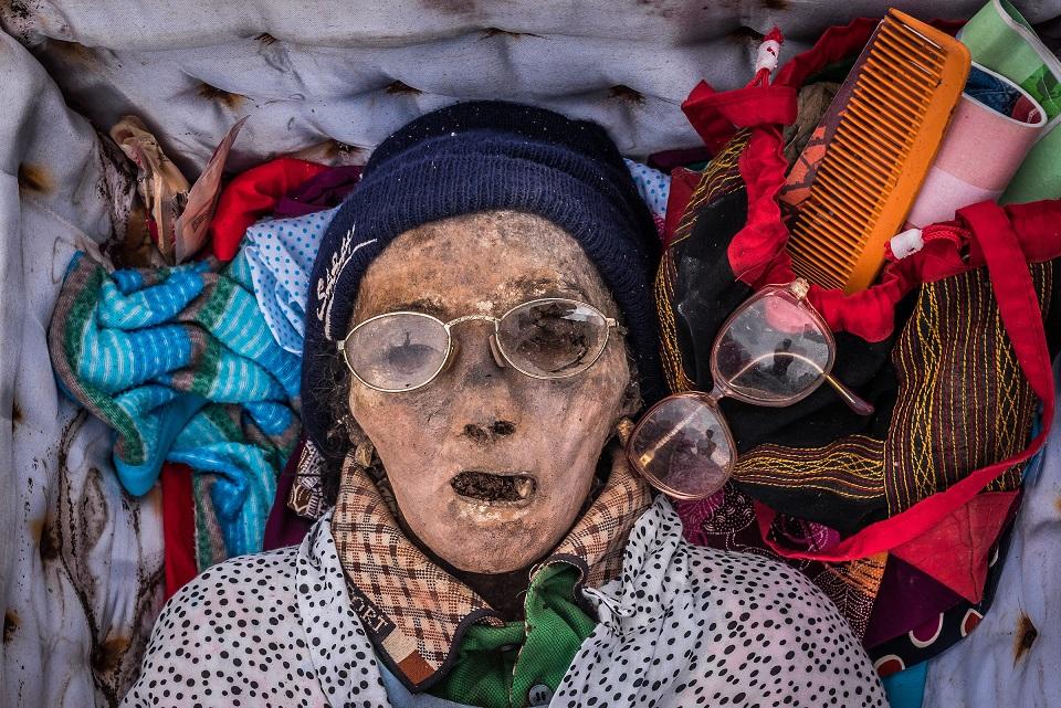 the bodies of ancestors in manene ritual