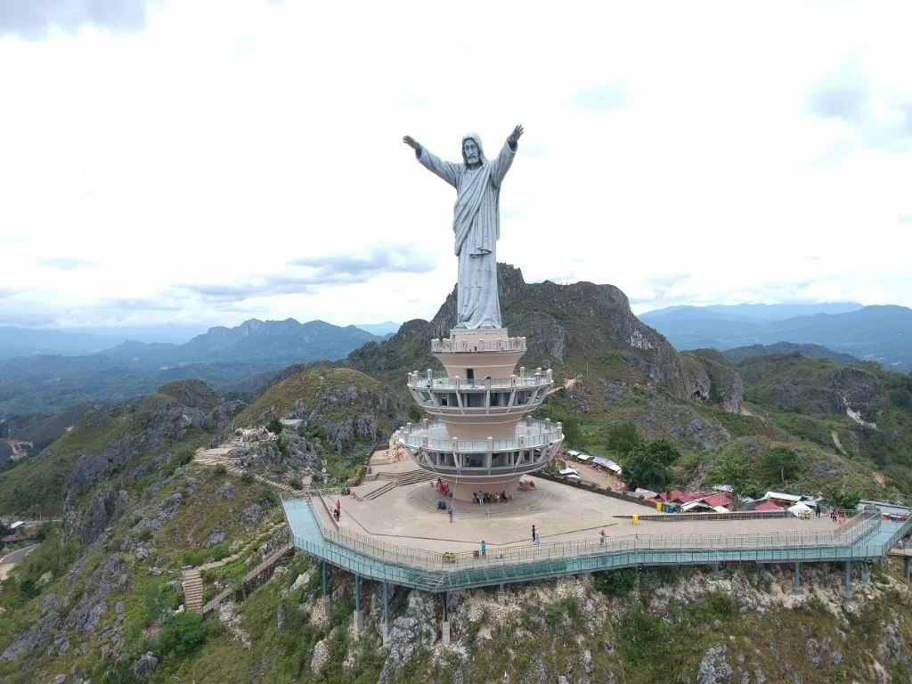 Jesus Blessing iconic monument in tana toraja