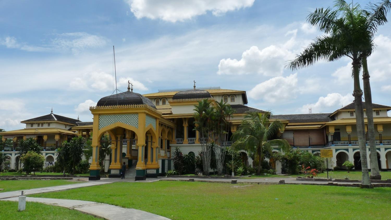 the majestic Maimun Palace